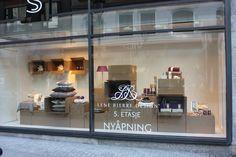 WindowDisplay / Steen & Strøm magasin / Oslo / Parallell AS