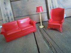 vinyage plastic doll house furniture | Vintage Dollhouse Furniture Red Plastic Marx Couch Chair Lamp