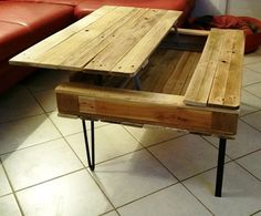 Lift-up Pallet Table with Wood Stain Colorless | Pallet Furniture