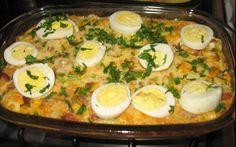 O Arroz de Forno com Linguiça e Bacon é um prato único prático e delicioso. Faça esse arroz de forno para a sua família e receba muitos elogios!
