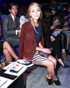Pin for Later: The Stars Are Sitting Pretty in the Fashion Week Front Row AnnaSophia Robb AnnaSophia Robb at the Rebecca Minkoff Spring 2015 runway show.