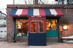 Step Out of the Big City Into Petite Crevette | Serious Eats : New York