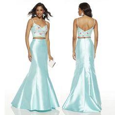 A mermaid moment ✨🧜🏼♀️ #Occasion  #AlyceParis Dress Code:60703   #sweetenedbycc •  #shopcouturecandy #dress #morning #BeautifulBeginnings #Bridal #fashion #love #wedding #mandy #girl #Fashion #Style #luxury #bridal #Bride #beauty #outfit #designers #glam #ootd #Homecoming #style Bridal Fashion, Girl Fashion, Pageant Dresses, Formal Dresses, Dress Codes, Homecoming, Designers, Mermaid, Ootd