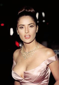 sinatrra:  Salma Hayek at the 1997 Peoples Choice Awards  Loved by Mrs. Fabulous-Jones