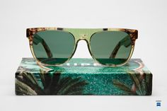 tropical sunglasses / Super