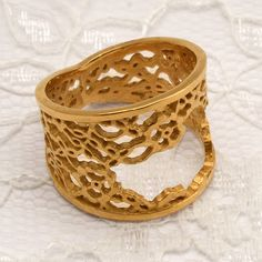 NATALIE SALISBURY-NZ Jewellery - Frayed Lace Trim Ring