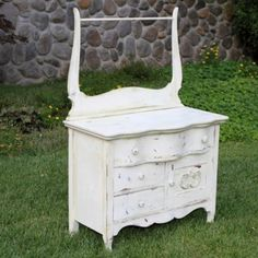Bella-Small White Dry Sink  #forevervintagerentals