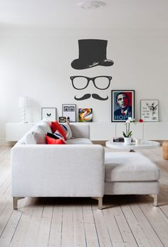 Basic vinyl wall decals – you can use them to pimp-up a wall and create a magical link between flatness of the wall and tridimensional reality! 01. Birds On A Wire Wall Decal source 02. Personal Portal Into The Sky source 03. Stand Out Wall Decal source 04. Giraffe Trying To Eat Your Plant 05. …