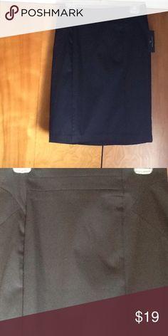 Black Worthington pencil skirt. SMOKE FREE HOME Black Worthington pencil skirt. Perfect for work or evening out. Worthington Skirts Pencil
