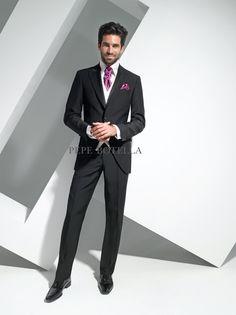 Preciosa combinacion para un novio elegante y actual
