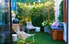 Very Small Garden Ideas, Small City Garden, Small Courtyard Gardens, Small Courtyards, Small Garden Design, Courtyard Ideas, Patio Ideas, Jardin Vertical Artificial, Small Artificial Plants