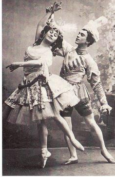 "Vaslav Nijinsky and Anna Pavlova in ""Le Pavillon d'Armide"""