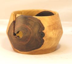 Walnut knitters' or crocheters' yarn bowl, #2589, walnussholz garnschale , 16 x 12 cm. 12.5 cm ball, 6.3 x 4.8 in, 5 in ball. by Adorewoods on Etsy
