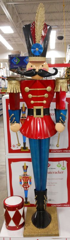 can i make a super simplified version of this i dont know nutcracker christmaschristmas toysoutdoor - Outdoor Toy Soldier Christmas Decorations
