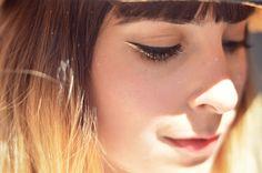 black / gold wing eyeliner