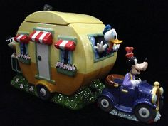 Adorable Disney Mickey Goofy Donald LE Travel Trailer Cookie Jar Set