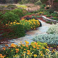 50+ landscaping ideas with stone | A walk through color | Sunset.com