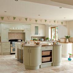 Traditional green kitchen | Green kitchen colour ideas | Colour | Design | PHOTO GALLERY | Housetohome.co.uk