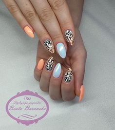 Experiment with these beautiful, almond shaped nail designs and find the perfect manicure from simple and minimal to edgy and over the top! Get Nails, Dope Nails, Fancy Nails, Hair And Nails, Ivory Nails, Indigo Nails, Almond Nails Designs, Almond Shape Nails, Manicure Y Pedicure