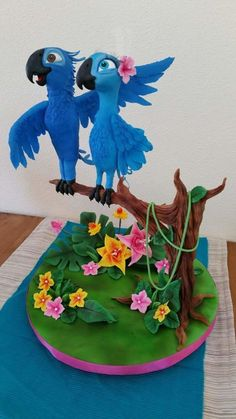 Blu & Jewel in RIO - Cake by Claudia Kapers
