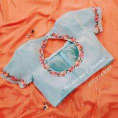 Blouse Designs High Neck, New Saree Blouse Designs, Cutwork Blouse Designs, Best Blouse Designs, Hand Work Blouse Design, Simple Blouse Designs, Stylish Blouse Design, High Neck Blouse, Dress Designs