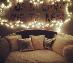 Cozy Bedroom Decor 4