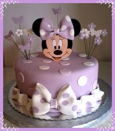Minnie Mouse cake has become a cherished birthday wish for every child. The beautiful appearance and wonderful designs of that cake makes a fancy birthday Torta Minnie Mouse, Bolo Do Mickey Mouse, Minnie Mouse Birthday Cakes, Bolo Minnie, Minnie Cake, Birthday Cake Girls, Birthday Cupcakes, Birthday Kids, Minnie Mouse Cake Design