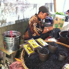 Fresh Toraja robusta Coffee from South - Sulawesi, Indonesia.