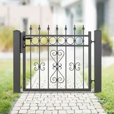 House Main Gates Design, Door Gate Design, Window Design, House Design, Wrought Iron Fences, Wrought Iron Doors, Entrance Gates, House Entrance, Iron Window Grill