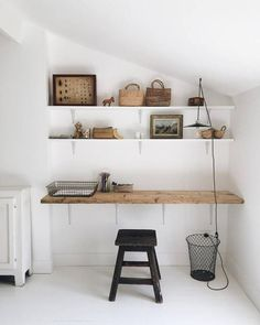 Creative Office Space, Home Office Space, Office Spaces, Studio Interior, Interior Design, Interior Minimalista, Woodworking Inspiration, Shabby Chic Homes, Minimalist Home