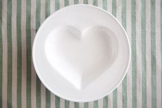 These heart bowls are great for soups, pasta and desserts & a stunning gift for a friend Soups, Pasta, Plates, Heart, Tableware, Desserts, Gifts, Licence Plates, Tailgate Desserts