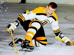 Here's a flashback: Bobby Orr. Rookie. #BostonBruins. 1966-67. (Media Tweets by Howard Berger (@Berger_BYTES) | Twitter) Boston Bruins Hockey, Pittsburgh Penguins Hockey, Chicago Blackhawks, Hockey Games, Ice Hockey, Hockey Mom, Hockey Pictures, Bobby Orr, Boston Sports