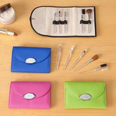 Ideal for touch-ups on the go, this 5-piece set contains the specialized brushes needed to create beautiful eyes, lips and cheeks. Set includes an eyelash comb/eyebrow brush, blush brush, lip brush, eye shadow brush and sponge tip applicator. The set is housed in a chic leatherette bag with a secure snap closure. Choose from black, blue, hot pink or lime green. We engrave the oval plate with any 3-letter monogram with raised middle initial (please specify order of initials) in script or ...