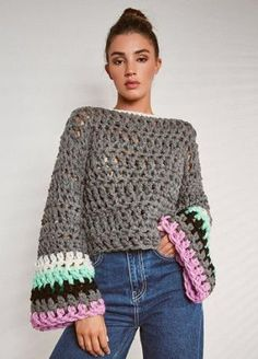 Cropped hippie style top image 1 Always aspired to figure out how to knit, although uncertain the p. Black Crochet Dress, Crochet Jacket, Crochet Crop Top, Crochet Cardigan, Pull Crochet, Mode Crochet, Chunky Crochet, Hippie Style, Hippie Boho
