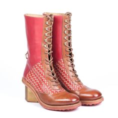 Mioona is about shoes, bags and other accessories. Brown Leather Boots, Other Accessories, Urban Fashion, Printing On Fabric, Combat Boots, Wax, Footwear, Shoes, Brown Leather Ankle Boots