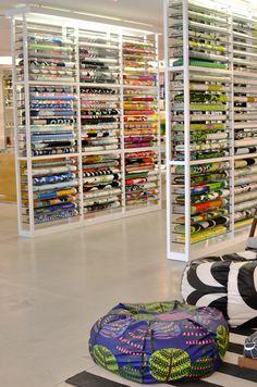 Marimekko store in los angeles textile in 2019 магазин интерьеры, дизайн ма Sewing Room Decor, Sewing Room Organization, Showroom Interior Design, Boutique Interior, Fabric Display, Fabric Storage, Organize Fabric, Home Office Storage, Retail Store Design