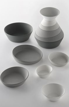 Neat shapes for set..nice angles.. Good black and white gradient