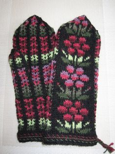 Knit Mittens, Wristlets, Elsa, Tiles, Cuffs, Gloves, Socks, Deco, Knitting