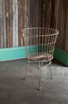 Use our HUGE Wire Storage Basket On Stand in the mudroom or laundry room as a vintage style laundry basket. Visit Antique Farmhouse for more wire baskets! Wire Laundry Basket, Wire Egg Basket, Wire Basket Storage, Wire Storage, Baby Storage, Wire Baskets, Pillow Storage, Blanket Storage, Storage Room