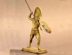 Statues & Busts :: Bronze Sculptures :: Our bronze reproduction of the attacking hoplite.