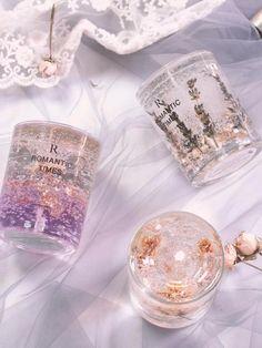Diy Candles Video, Homemade Candles, Diy Aromatherapy Candles, Minimalist Candles, Gel Candles, Candle Art, Diy Crystals, Candle Making, Resin