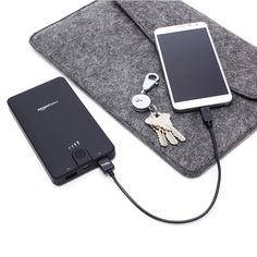 Keep your mobile phone alive with these reliable, reviving portable mobile chargers, otherwise known as power banks. These are the best you can find.