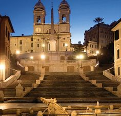 Spanish Steps in #Rome - not many people realize there is great designer boutique shopping right down the street from the bottom of these steps