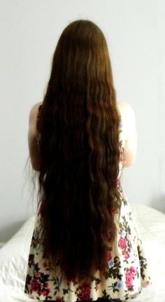 Submitted By: heliochronometer Finally, a photo of my hair!! :3                                                                                                                                                                                 More