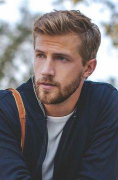 Men's Style blonde hair and beard
