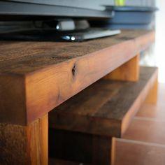 Meuble télé en bois de grange - PERSEA