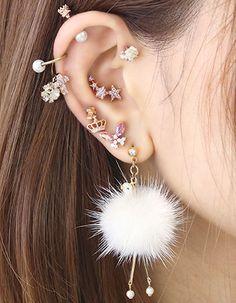 Art Deco Earrings - Statement Earrings/ Dangle Earrings/ Crystal Earrings/ Bridal Earrings/ Bridesmaid Gifts/ Gifts for Her/ Formal Occasion - Fine Jewelry Ideas Bridesmaid Earrings, Bridal Earrings, Crystal Earrings, Statement Earrings, Ear Jewelry, Jewelry Accessories, Jewlery, Silver Ear Cuff, Art Deco Earrings