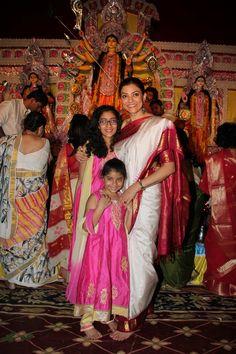 awesome Sushmita Sen celebrates Durga Puja with her daughters
