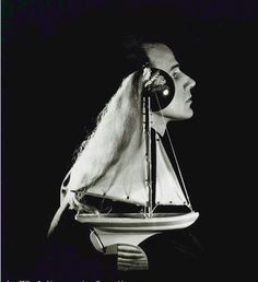 Lee Miller, Joseph Cornell, New York, 1933 (© Kerry Negahban, Reproduction Rights Negotiator , Lee Miller Archives, Roland Penrose Estate & The Penrose Collection, Farley Farm House , Muddles Green , Chiddingly , East Sussex BN8 6HW, UK. Tel: ++44 (0) 1825 872691- Fax: ++44 (0) 1825 872733- archives@leemiller.co.uk)