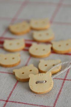 Natural Wooden Button Set - Cat Face Shaped. #buttons